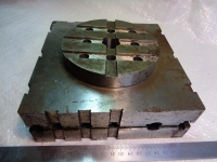 Плита УСП 120х120х60 с пневмоприводом штока