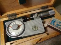 Рычажный индикаторный микрометр 0-25 (новый) с измерительными тарелками (Германия)