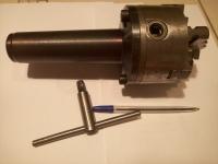 Патрон токарный диаметр 100 мм с прямыми и обратными кулачками (б/у) в хорошем состоянии, с облегченным (пустотелым) хвостовиком, конус морзе 5
